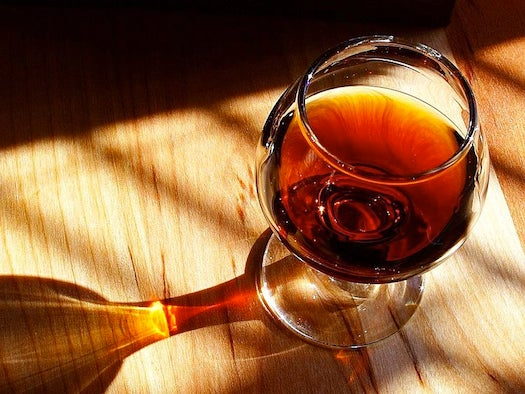 Which Wine Should You Get Drunk On This Holiday? [Infographic]