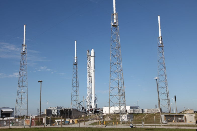 SpaceX's Dragon Will Launch With A New Abort Option Today, Just in Case