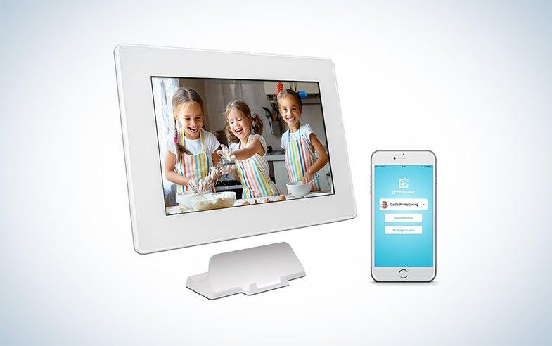 PhotoSpring Digital Photo Frame