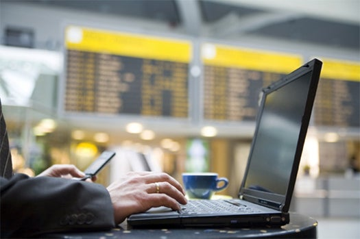 Google Gives Gift Of Free Wi-Fi in 47 Airports For the Holidays