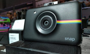 Polaroid Snap Is Digital Camera That Prints Photos Instantly
