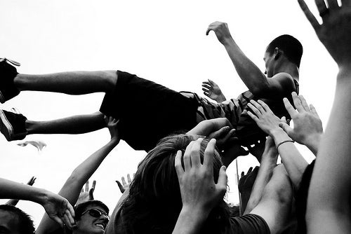 Why Mosh Pits Make For A Good Physics Lesson