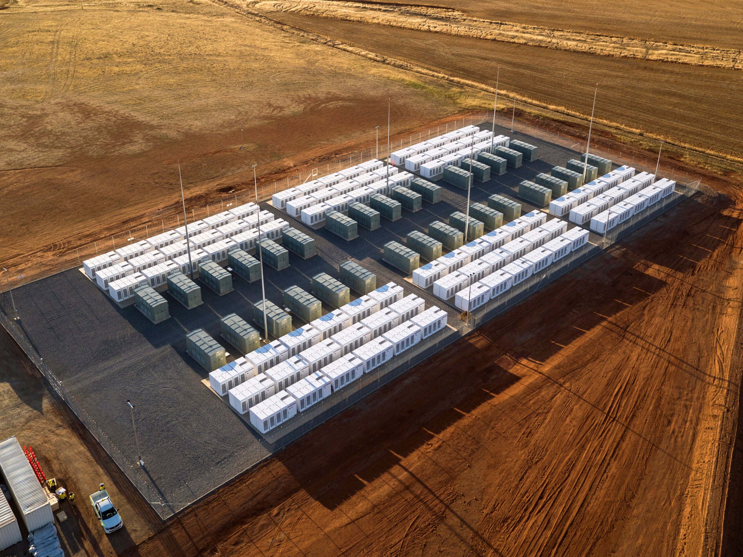 Tesla actually built the world's biggest battery. Here's how it works.