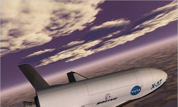 Amateur Space-Watchers Identify Recon Role of the Air Force's Top-Secret X-37B, Currently in Orbit