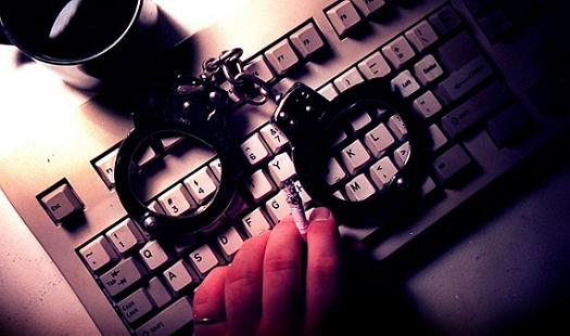 Why Legal Experts Say It's Okay To Kill A Civilian Hacker In Cyber Warfare
