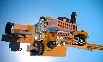 This Bricklaying Robot Can Build A House In Two Days