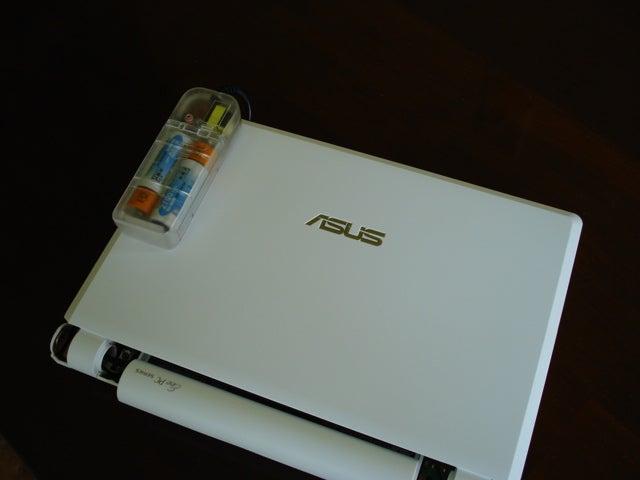 Eee PC School: Add a Keyboard Backlight For Under $15
