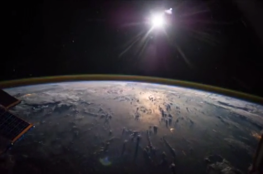 12 Amazing Space Vines From NASA Astronaut Reid Wiseman