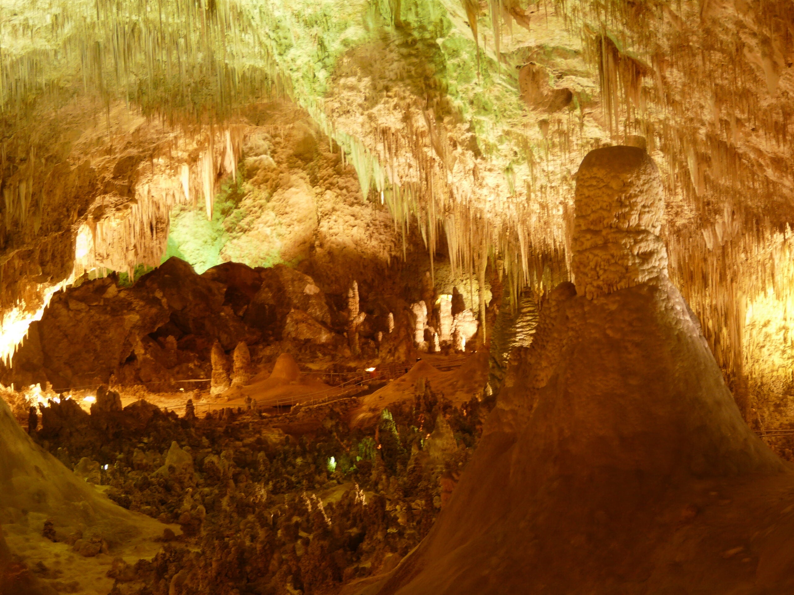 Munching Microbes Cause Caves To Grow