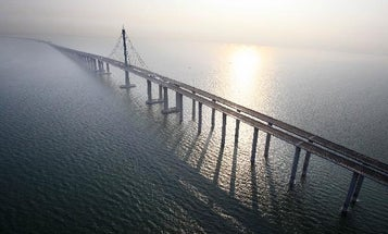 China Opens the World's Longest Bridge Over Water, Toppling American Record-Holder