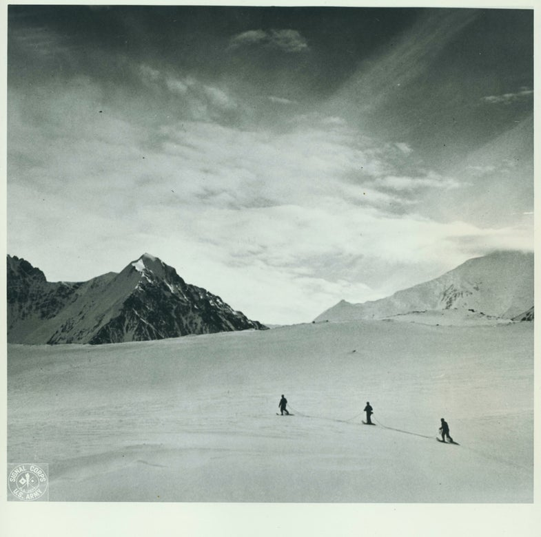Crossing the Muldrow Glacier on foot