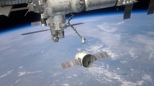 SpaceX Delays the First Launch of its Dragon Spacecraft to the ISS (Again)