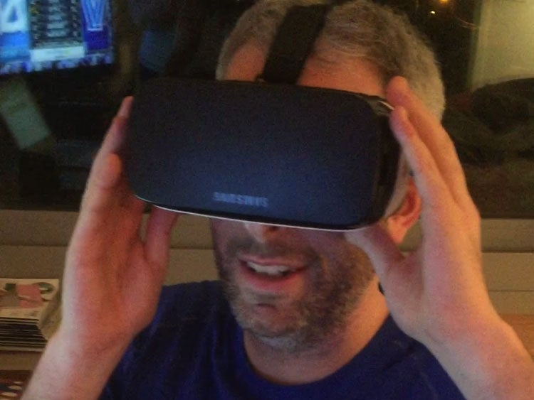 A Virtual Reality Virgin Watches The NCAA Title Game In VR
