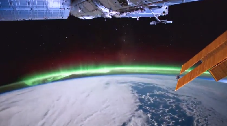 Video: ISS Soars Above Beautiful Auroras, Lightning and Stormy Weather Back on Earth