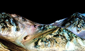 Mars Has Flowing Water, New Evidence Indicates