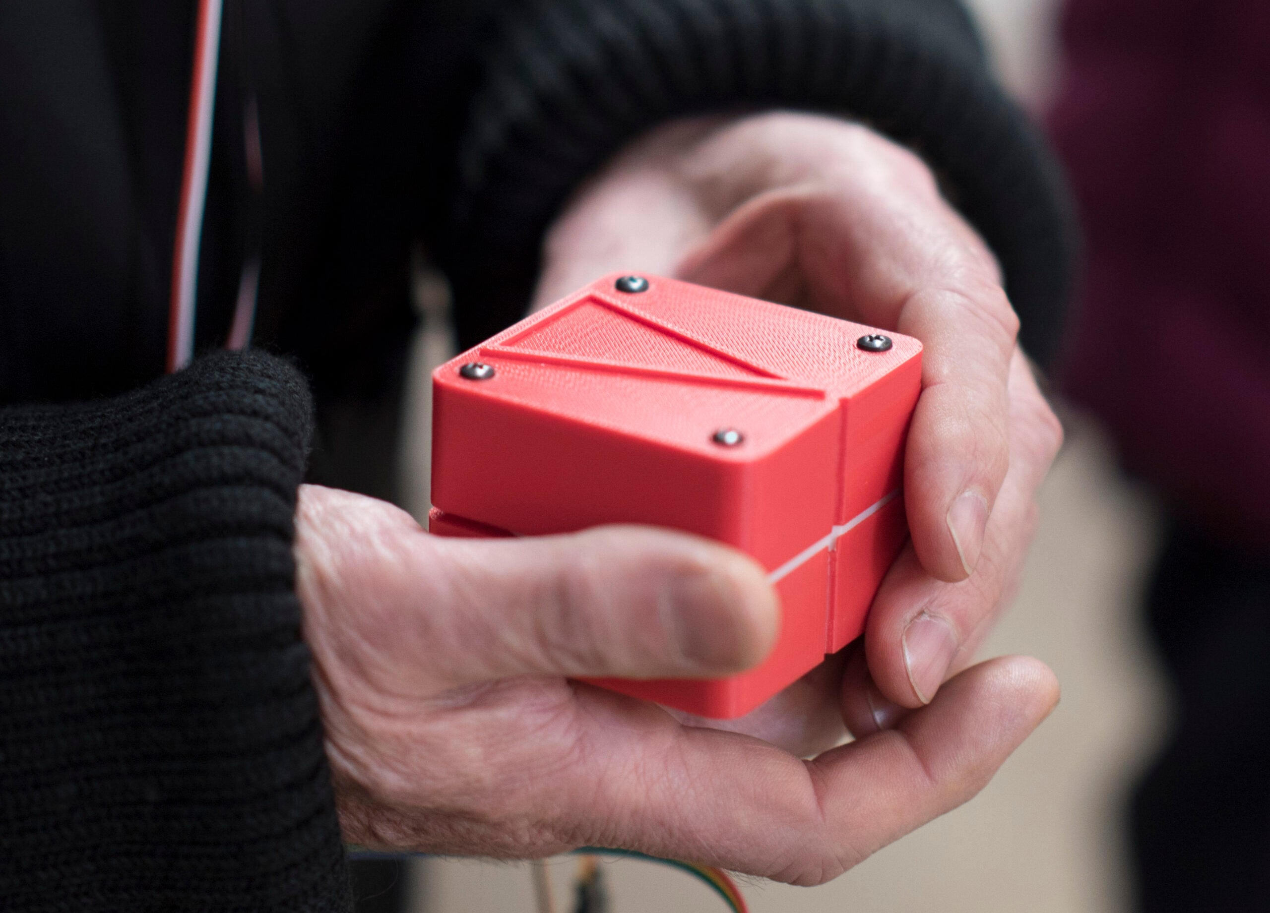 Navigation Device Lets You Feel Your Way Through A City