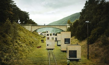 Swedish Firm Proposes Configurable Cities With Buildings that Roll Around on Rails
