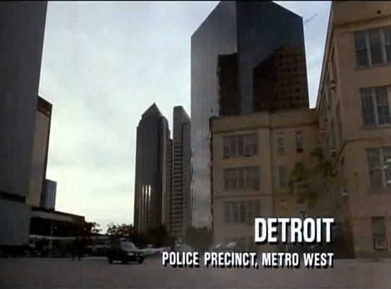 Citizens Push To Erect A Statue of RoboCop in Detroit