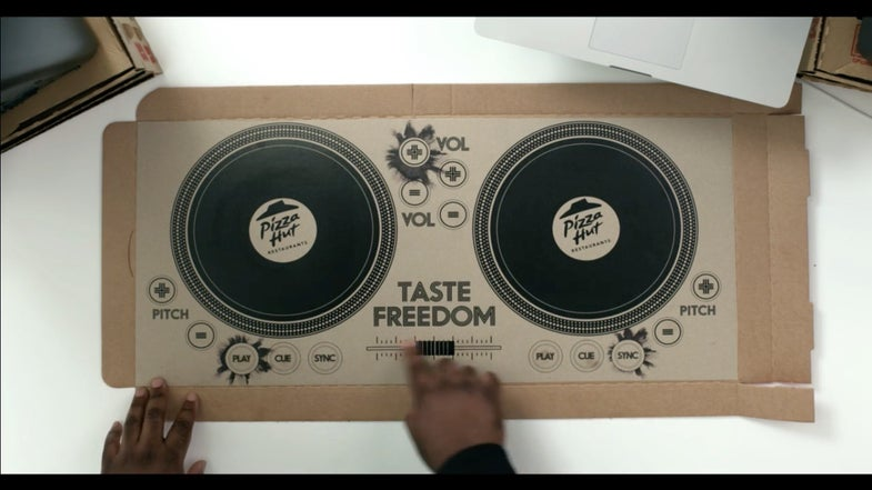 Pizza Hut Made A Pizza Box Into A Working DJ Turntable