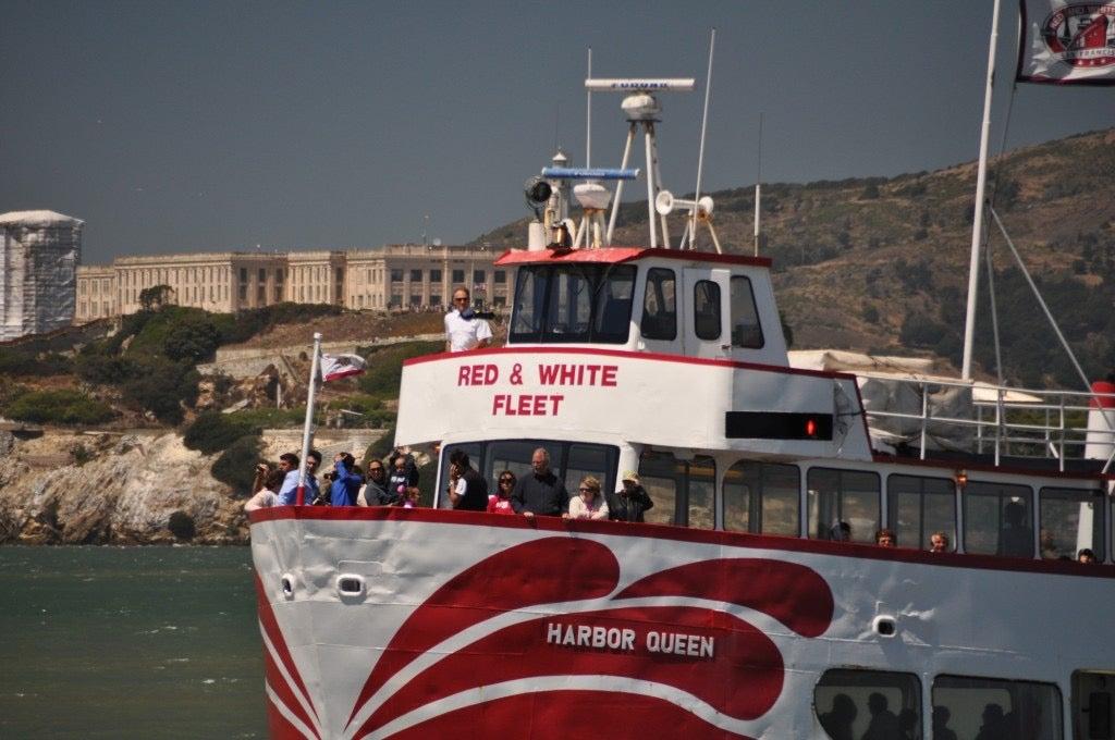 httpswww.popsci.comsitespopsci.comfilesimages201507red-and-white-fleet-ferry-san-francisco_100520964_l.jpg