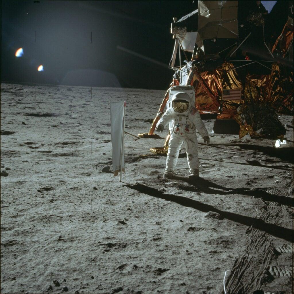 Aldrin doing a