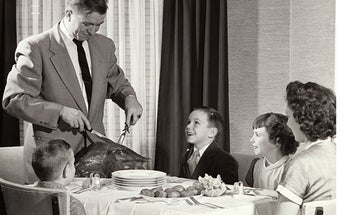 FYI: How Much Weight Can You Gain From Thanksgiving Dinner?
