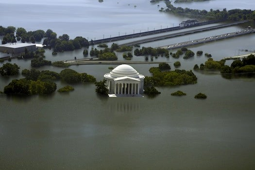 How Popular Tourist Destinations Will Look Submerged In 25 Feet Of Water