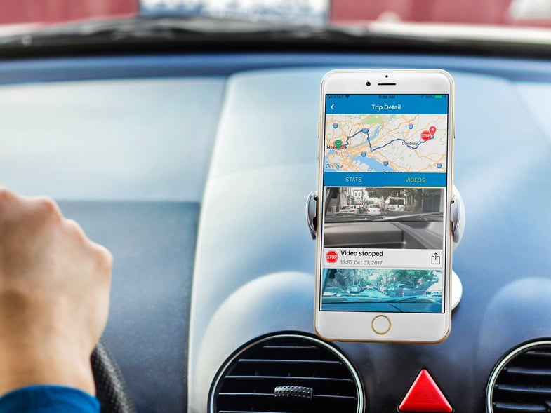17 gadgets and apps to make your dumb car smarter