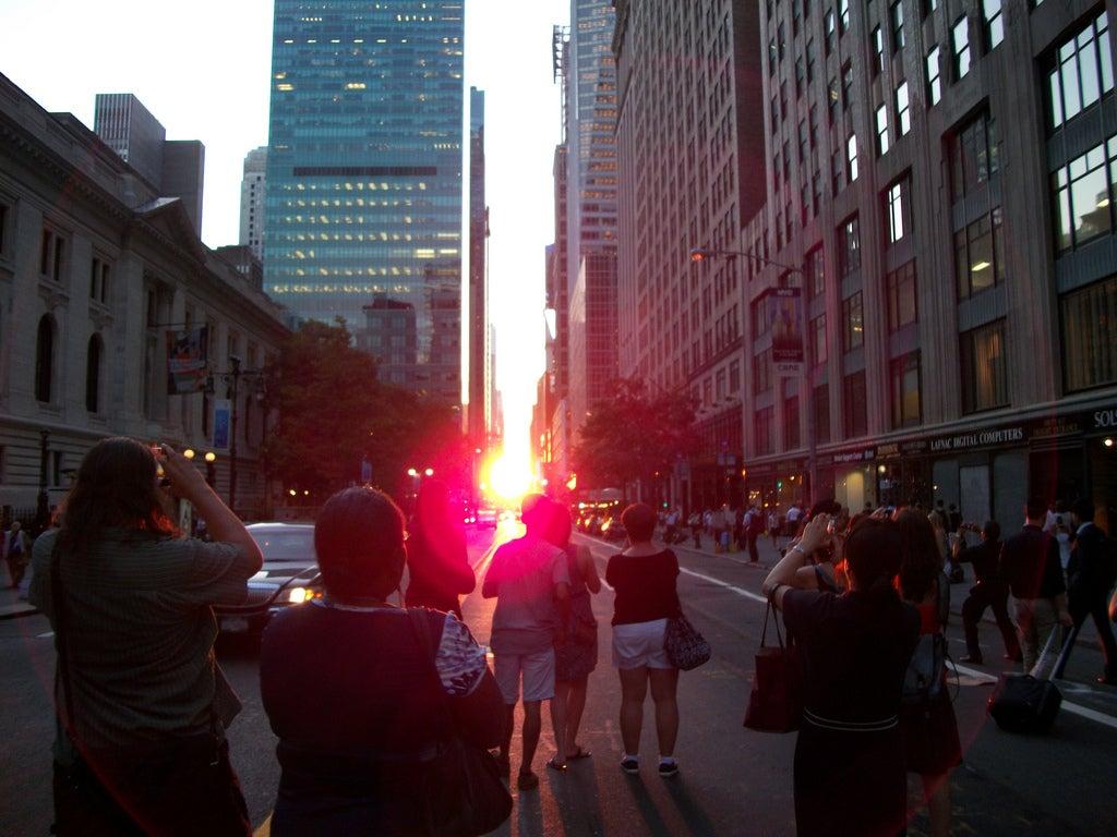 Where And How To See Manhattanhenge Tonight