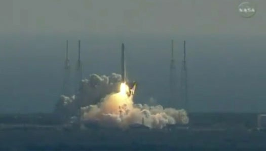Updated: SpaceX Successfully Launches the First Private Spaceship into Orbit (and Brings It Home Safe)
