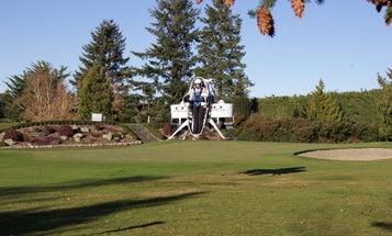 Watch A Working Jetpack Imitate A Golf Cart