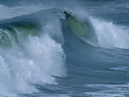 Econophysicist Claims Rogue Waves Could Account for Volatility in Financial Markets