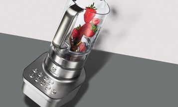 This Tilted Blender Makes Smoother Smoothies