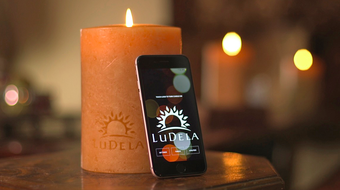Smart Wax Candle Perfect For People Who Can't Stop Knocking Candles Over