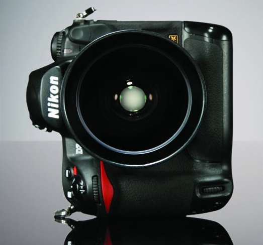 Testing the Best: The Nikon D3s, the Low-Light King
