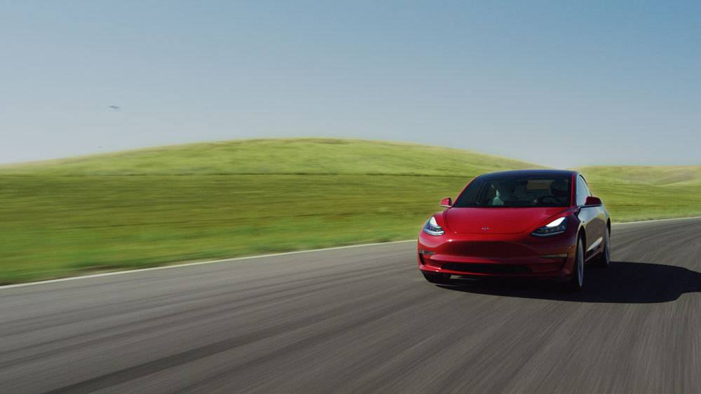 Tesla 3 track mode