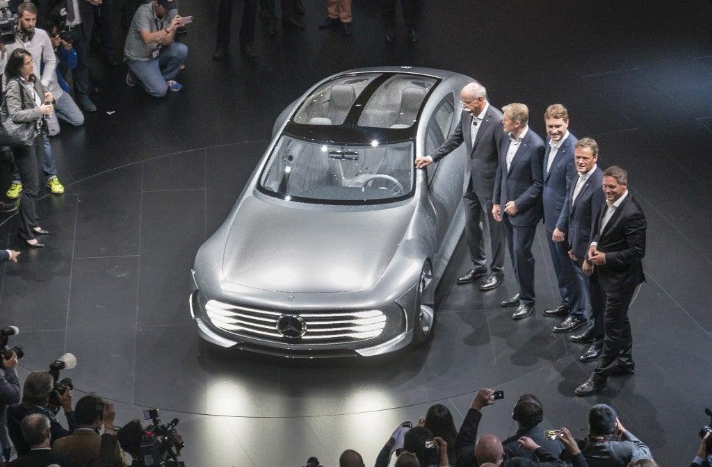 httpswww.popsci.comsitespopsci.comfilesimages201509mercedes-benz-intelligent-aerodynamic-automobile-concept-2015-frankfurt-auto-show_100527537_l.jpg