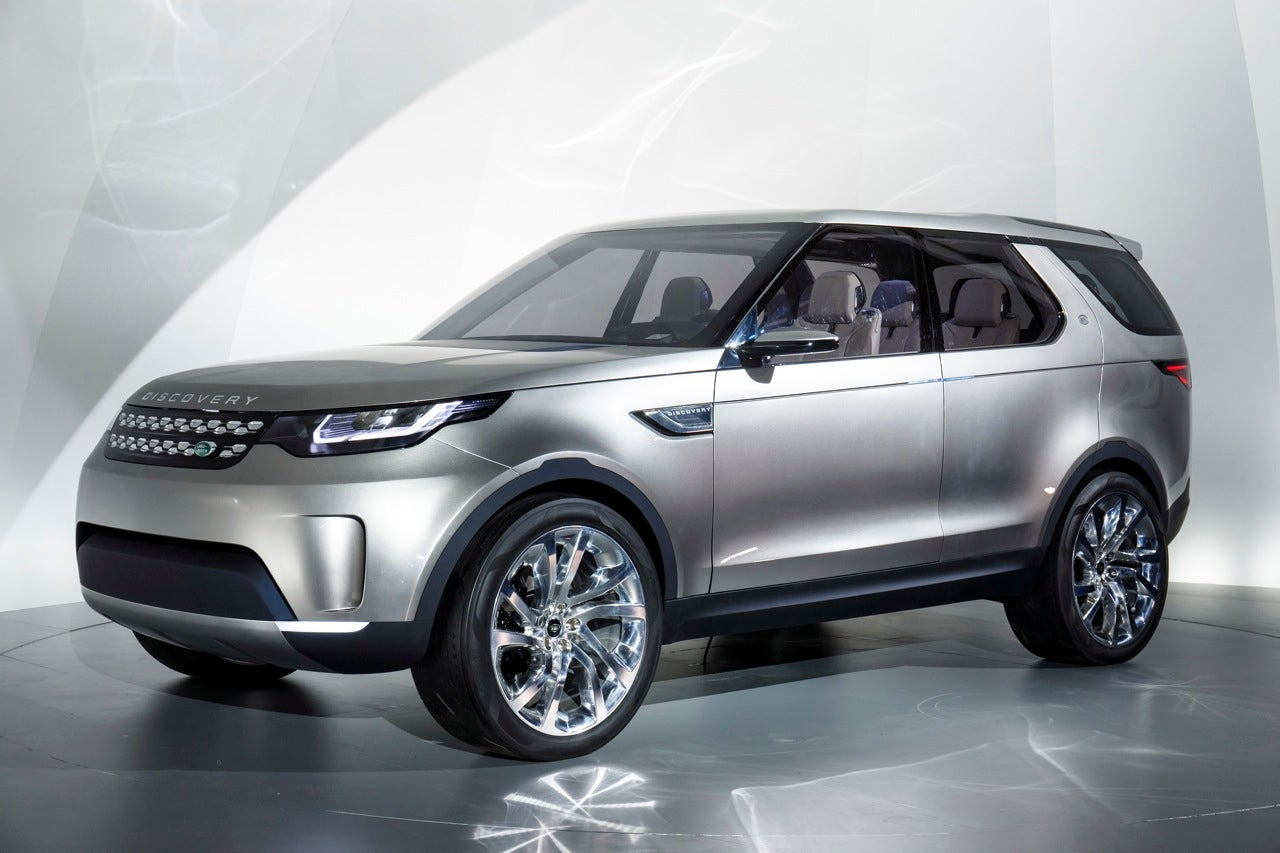 Land Rover Discovery Vision Concept Previews 'Augmented Reality' Display and Gesture Control
