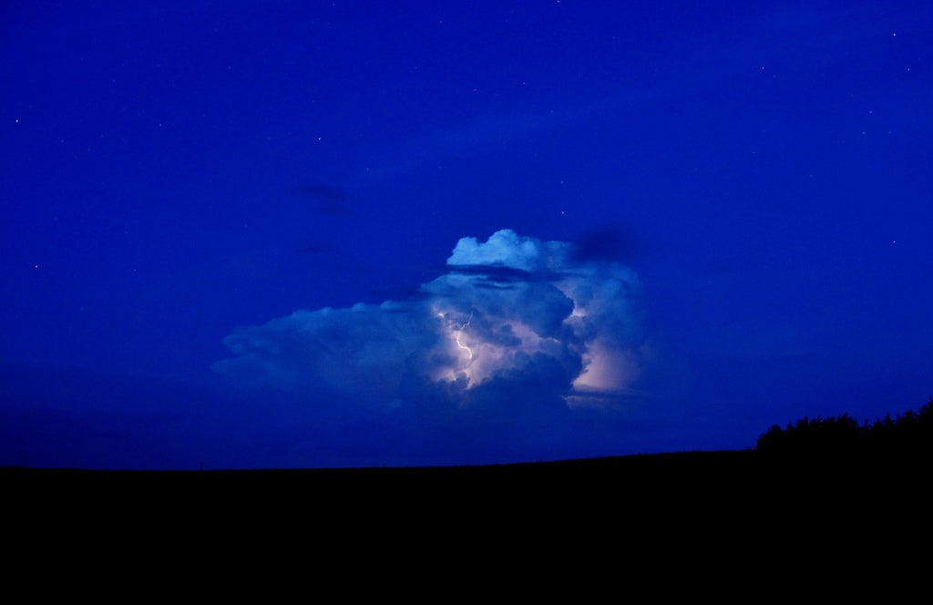 lightning in thunderhead