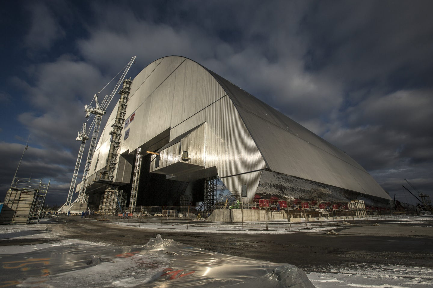 Watch the Chernobyl disaster site finally get properly contained