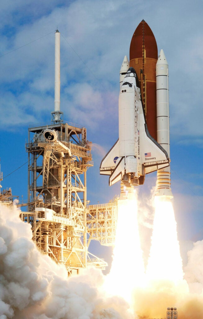 The ninth modification of the Discovery shuttle launches for its STS-120 mission on October 23, 2007.