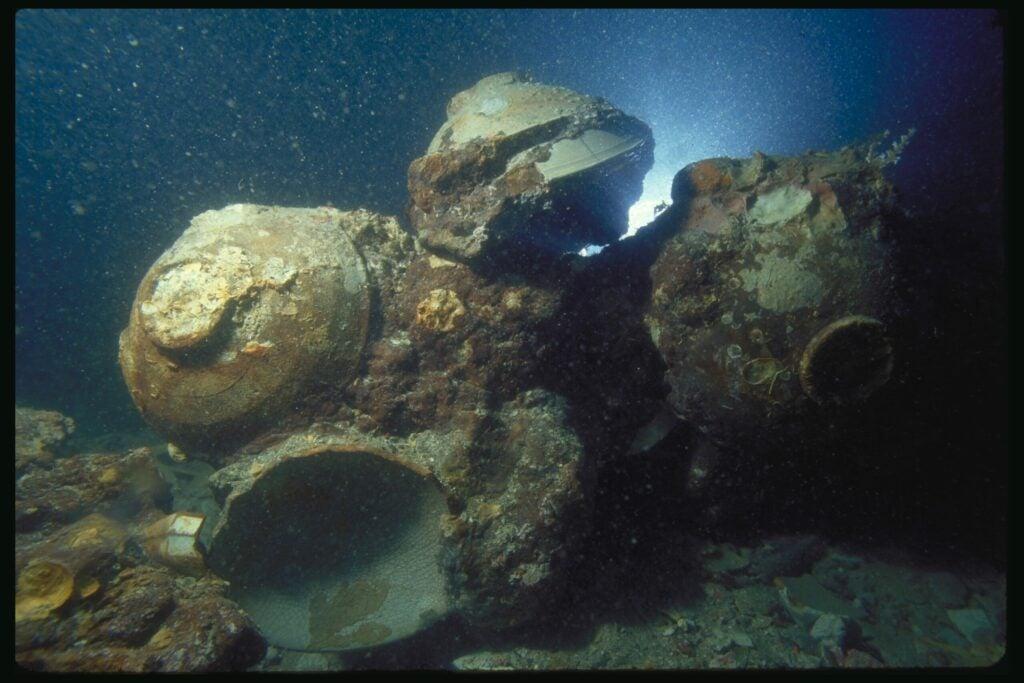 pile of bowls underwater