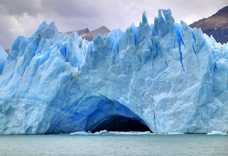 New Climate Change Culprit: Chilean Man Stealing Glaciers to Put In Cocktails