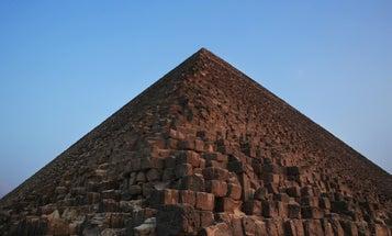 Scans Reveal Strange Warm Spot At Giza Pyramid
