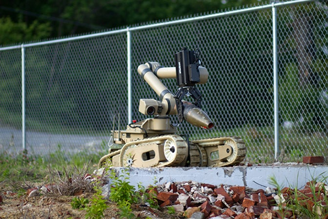iRobot's 710 Warrior, Strong Enough to Tow a Car, is Finally Ready for the Field