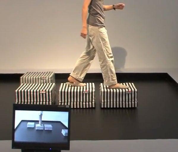 Video: Japan's Robot Tiles Create Infinite Walkway