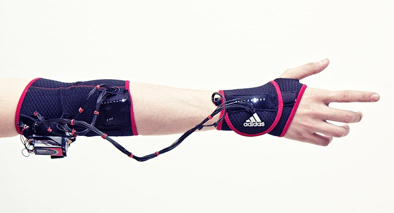 "Haptic ""Ghost"" Armband Teaches Your Muscles To Behave Like Athletes' Muscles"