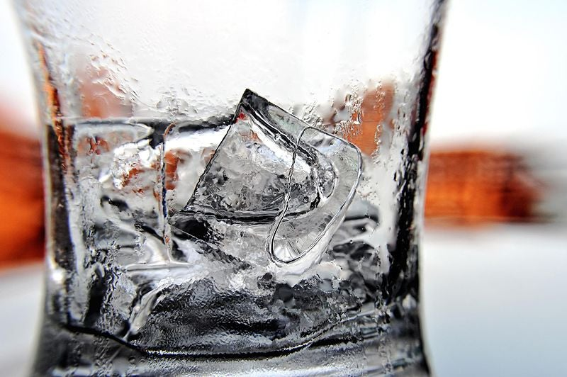 A Cocktail Scientist Debunks Myths About Ice Cubes