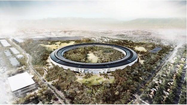 Spaceship Apple