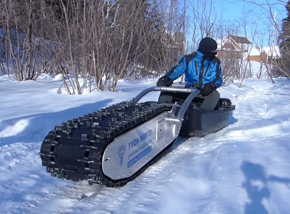 This Electric Sled Is A Miniature Winter Tank